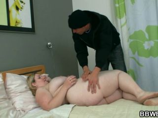 He awakes this hot fatty to fuck her hard