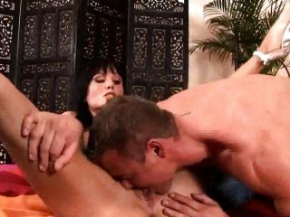 Sarah Twain bending over for a pussy licking