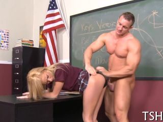 Geek girl gets fucked